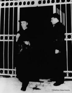 Nadbiskup Stepinac izlazi iz zatvora u Lepoglavi